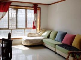 小河 香江路110平3室拎包入住