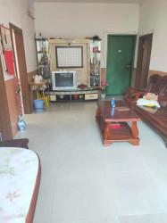 滨江路康城居小区,楼龄新净,3房带阳台,仅售39万!